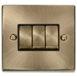 CLICK DECO ANTIQUE BRASS SWITCH 3 GANG 2WAY VPAB413BK